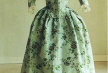 Late 18th century round gowns