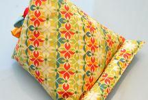 Подушка для книги