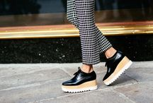 Stella McCartney Loafers Looks / by Gapsi Pizzoleo