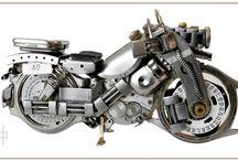 Watch motorbikes III / Watch motorbikes III Price 220 zł  folaron@konto.pl