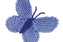 Knitted flowers, hearts etc / Inspiration & patterns for motifs, flowers, hearts, etc