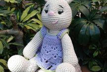 Amigurumis Juu! / Muñecos tejidos a crochet.