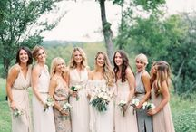 Bridesmaids / by Brancoprata