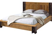 cama estilo industrial / cama estilo industrial de madera de teca y patas de vigas de hierro. Diseño, producción y fabricación exclusiva y ecológica por www.comprarenbali.com