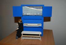 Handgemachte Orgelmodelle Typ II - Maßstab 1:10 / Kleine Orgeln (Orgelpositive) mit Pfeifenprospekt und integriertem Spieltisch