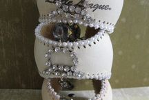 Jewelry / I like to make jewelry and am always looking for creative ideas. / by Angela Faulkner