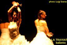 La Traviata di Monica Casadei, balletto / Foto dallo spettacolo al Lucio Dalla di Manfredonia https://www.youtube.com/watch?v=ADysdYJOxns