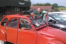 Project 2CV / One of those 'I used to have one of those years ago' conversations in the office led to Julian purchasing a 1987 2CV. This has now become a 'rolling restoration' using and showcasing Holden products wherever possible