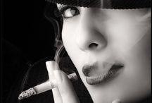 SMOKE GIRLS