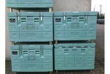Zestawy suchego lodu dla firm / Zestawy suchego lodu dla firm dostarczane są do firm w Polsce w 24 godziny. Dostawa zestawów suchego lodu dla firm realizowana jest przez firmy kurierskie. Dysponujemy zestawami dla firm o zawartości: 15 kg, 20 kg, 30 kg oraz 40 kg suchego lodu. W przypadku dostaw suchego lodu do firm w kontenerach dostawy odbywają się bezpośrednio. Dostarczamy suchy lód do firm w kontenerach izotermicznych o pojemności do 100 kg do 500 kg suchego lodu.