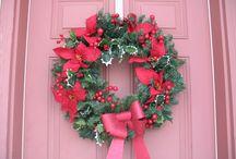 Wreaths / by Teresa Ehlert