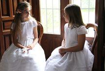 Vestidos de Comunión - First Communion dresses / Todo en vestidos y accesorios que puedes combinar para que tu hija luzca preciosa el día de su Primera Comunión.
