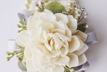 Wrist corsages / Fresh and silk flowers
