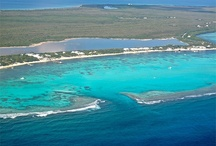 Sister Islands / The Cayman Islands consists of 3 islands: Grand Cayman, Cayman Brac and Little Cayman.