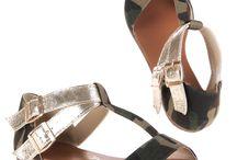 SCARPE DONNA / http://goo.gl/JuA6oV Cerchi un nuovo paio di scarpe? Le scarpe sono davvero un'ossessione, non bastano mai! Il nostro shop online ti offre centinaia di modelli: stivali, stivaletti, ballerine, polacchine, zeppe, decolletè, parigine, sneakers, tronchetti, sandali etc, in svariati colori comode e sexy, alte e basse! Scegli le tue scarpe per ogni occasione e il tacco che preferisci.