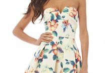 Dress With Flower Patterns – Flowers Are Announced, But How Can One Wear The Flower Dress?