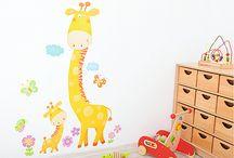 Dekoracje na ścianę / Jak uatrakcyjnić wnętrze pokoju dziecka, sali przedszkolnej czy szkolnej klasy.