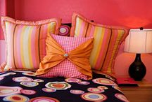 Ideas for the Girl-Teeny's Room / by Jennifer Garcia