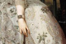 különleges ruhák és régies képek
