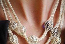 A smykker - jewelry