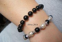 SILVIA / perle bianche e nere