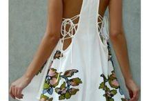 Ładne sukienki i wdzianka