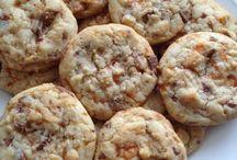 Desserts and cookies / by Jennifer VanBreemen
