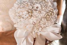 esküvő_haj_virág
