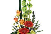 Modern Flower Arrangements / Pretty, modern flower arrangements