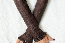 Design//Gloves