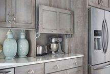 Kitchen cabinet colours