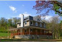 Homes of Interest / Pine Island , Ny / by Marlene Stabin