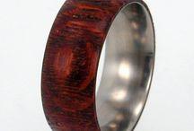 contemporary jewelry: