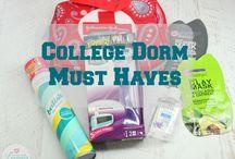College Dorm Room Must Haves / Top 5 College Dorm Room Must Haves! #sp #SchickSummerSelfie
