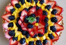 Food / by Naomi Anselmo