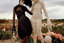 Tim Burton / A collection of works by the amazing Tim Burton