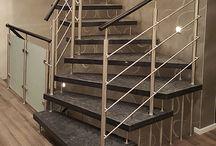 KENNGOTT-Treppen / KENNGOTT  - Treppen sind unsere Leidenschaft   Ihre Kundenwünsche stehen bei uns konsequent im Mittelpunkt. Als Markenhersteller bieten wir Ihnen eine große Auswahl an Treppensystemen. Je nach Bedarf - von avantgardistisch bis hin zu traditionell - wir haben die passende Treppe für Sie.