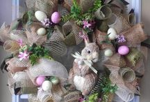 Easter wreaths & Decorations