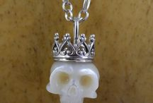 necklace skull