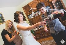 Getting prepared / Shots while the couple prepares for the Big Day