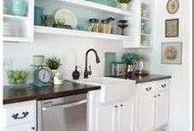 Kitchens / by Debbie Reed
