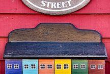 poštovní schránky a čísla domu