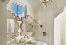 Lovely Bathrooms / by Lucia Eastep