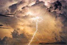 Lightning / Lightning hides the colour of night!!!!