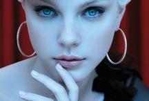 Makeup, makeup, MAKEUP! / Make up / by Jernell Suttle