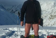 Shorts in the snow / Well circulated thighs never feel cold