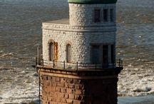 Phares -- Lighthouses