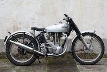 Vintage Bikes / by Jason Wallis