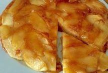 tarta de manzana en sarten .