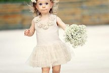 The cutest bridesmaids - bruidsmeisjes / A bridesmaid is just like a little princess!